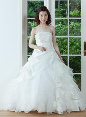滋賀の2次会用ウェディングドレス レンタル プリンセスラライン オフホワイト