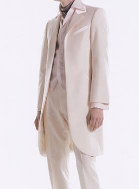 滋賀の2次会用タキシード レンタル ロングタキシード ピンクシャンパン 美しく上品 ピンクのベスト