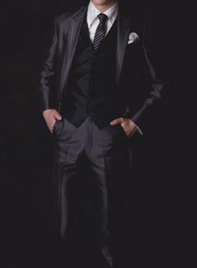 滋賀の2次会用タキシード レンタル ロングチュニックタキシード ダークグレー スレンダーなスーツ